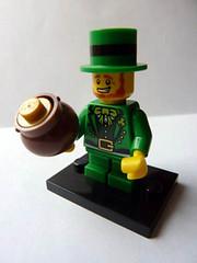 Leprechaun (Front) (bigospedros) Tags: lego series6 collectableminifigs