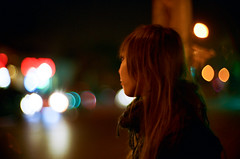 Lights of night (issa....) Tags: leicam6 kodak400vc fontaineroad canon50mm1095