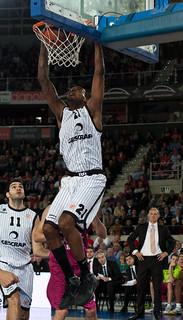 Caja laboral - Bilbao Basket (Euroleague) 84-89