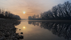 It's all so quiet (in 16:9) (fred:vr) Tags: trees winter sky sun water alberi river stones fiume pietre cielo fred sole acqua