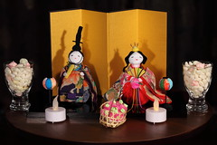 An Emperor doll with an Empress doll, in front of a gold screen. The optional lampstands are also partially visible 2 (♥ Spice (^_^)) Tags: art canon geotagged photography eos photo flickr image picture 日本 5d 光 girlsday hinamatsuri 影 写真 女 お菓子 ひな祭り 埼玉県 雛祭り 男 屏風 hinaningyo 雛人形 お雛様 hinaarare 雪洞 goldscreen japanesedollfestival 雛あられ 春日部市 lampstands ひなあられ 御内裏様 マクロ ornamentaldolls markⅱ カラー emperordoll gettyimagesjapan12q1 empressdoll