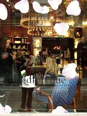 diptyque (omoo) Tags: newyorkcity girls paris window store chair westvillage streetscene blonde diptyque scent greenwichvillage fragrance bleeckerstreet scentedcandles beautifulchair