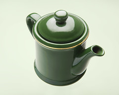 Green (Luke Avery) Tags: teapot green gold stilllife fiftytwo handle spout lid bowen nikon d700 2470mm