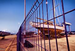 Enjaulado (Perurena) Tags: barco galicia vela varadero pontevedra velero riasbajas bueu riadepontevedra oceanoatlantico diqueseco peirao muelledebueu