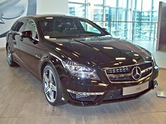 174 Mercedes CLS 63 AMG Shooting Brake (2013) (robertknight16) Tags: germany mercedes amg brooklands cls63 c218 worldcars mercedesworld 2010s