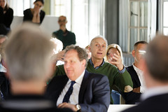 Boekpresentatie Blind Spot (Vereniging Deltametropool) Tags: landschap debat 2016 blindspot vijfhuizen boekpresentatie kunstfort genieloods deltametropool vestigingsklimaat