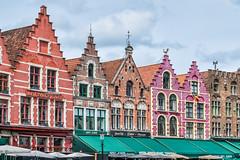Brujas. Brudge. (Pablo Gorosito) Tags: world viaje houses color colour travelling nikon europa europe belgium viajes nikkor brussel belgica mundo brujas sights trave brudge