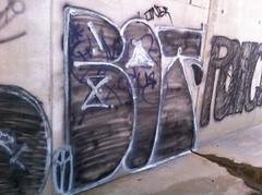 Bot rth tc (Grimy Flicks) Tags: california graffiti tc ventura bot rth botros