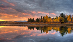 Oxbow Colors (v on life) Tags: autumn trees light reflection fall water colors clouds sunrise foliage snakeriver wyoming grandtetonnationalpark oxbowbend