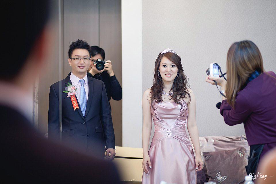 晉德+依萍-074