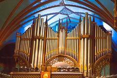 Notre Dame-3540-2ok (Orkakorak) Tags: iso3200 pipe organ balconies notripod notredamebasilicamontreal 1400025secexposure okpg