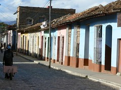 Colourful street (Trinidad, Cuba 2006) (paularps) Tags: travel holiday nature lumix vakantie flickr cuba culture 2006 panasonic leisure reizen flickrcom destinations vakantiefotos adventuretravel arps paularps