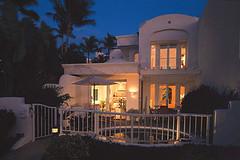 Classic-Vacations-Hawaii-Hotel-Fairmont-Kea-Lani-Maui-Villas-Night (Classic Vacations) Tags: luxuryhotels luxuryresorts hawaiiresort hawaiihotel luxuryvacations classicvacations wwwclassicvacationscom luxuryhawaiiresort luxuryhawaiihotel fairmontkealanimauivillas