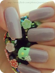 Francesinha Zombie Hello Kitty (x_Jess) Tags: hello green art zombie nail kitty unha esmalte francesinha
