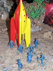 2012[01]Jan21_[12b]_DSCF0268 [PhotoShop_AutoLevels] [FAVE] (Monster In My Pocket) Tags: toy toys robot sand space sandy alien superior astronaut aliens plastic robots astronauts future figure spaceman ajax cosmonauts archer sands outerspace extraterrestrials premier figures futuristic cosmonaut diorama extraterrestrial lido dioramas spacemen robotic plasticfigure spacetoy alienplanet plasticfigures toyfigure distantfuture spacetoys toyfigures alienplanets thedistantfuture vintagespacetoy vintagespacetoys spacediorama plastictoyfigure plastictoyfigures outerspacetoys outerspacetoy outerspacediorama outerspacedioramas spacedioramas