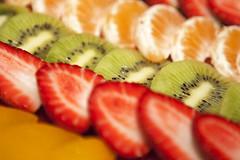 Fruta (ngel Rivas) Tags: orange frutas strawberry peach kiwi naranja melocoton fresa