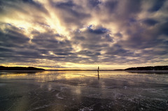 playing with more ice (modus0perandi) Tags: pentax sweden uppsala sverige smc 1224 k5 skarholmen icesurfing