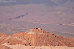 Observatory (and Monument to the pr-Columbians) (Luciano Guelfi) Tags: chile southamerica sanpedrodeatacama americadosul desertodoatacama desertodeatacama valledelamuerte atacamadesert marsvalley pukaradequitor valledemarte