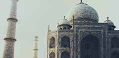 Taj Mahal, Agra (Lab604) Tags: sea vacation india color colour beach monument market religion goa fatehpursikri tajmahal agra palace arabic calangute anjuna hindu incredible jaipur akbar hindi rajasthan hawamahal newdelhi amberfort maharaja pinkcity wonderoftheworld amerfort jalmahal mughal waterpalace windpalace indija  akbarstomb hindustan incredibile ghostcity  arpora indianpeople peopleofindia         radastan     tadmahal   neverovatna