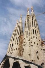 "La Sagrada Familia, Barcelona • <a style=""font-size:0.8em;"" href=""http://www.flickr.com/photos/9840291@N03/13918320626/"" target=""_blank"">View on Flickr</a>"