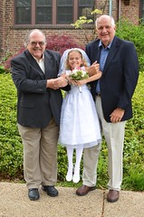 Violet Gets A Lift From Her Grandfathers (Joe Shlabotnik) Tags: dad violet firstcommunion verne 2016 afsdxnikkor35mmf18g may2016