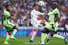 RMadrid vs ManchesterC (Kwmrm93) Tags: sports sport canon football fussball action soccer futbol futebol uefa cristianoronaldo championsleague fotball voetbal fodbold calcio deportivo fotboll  santiagobernabeu deportiva esport fusball  fotbal jalkapallo  nogomet cr7 fudbal  votebol fodbal