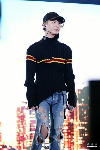 160507 Taemin @ Korea Times Music Festival en LA 26876848371_429784d103_z