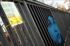 "Mentalgassi   Amnesty International (alias URBAN ARTefakte) Tags: streetart berlin face germany gesicht urbanart tape zaun railings ai menschenrechte amnestyinternational 2011 menschenrechtsorganisation mentalgassi httpurbanartefaktwordpresscom ""makingtheinvisiblevisible"" dasunsichtbaresichtbarmachen deinbriefkannlebenretten streetartphotographieurbanartefaktesteffireichert iseestreetart"