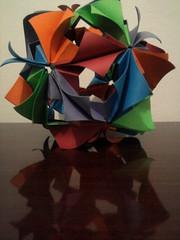 Kusudama Arabesque (Ygor Albuquerque) Tags: arabesque kusudama kusudamaarabesque