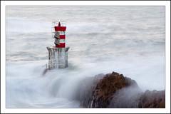 El faro (La ventana de Alvaro) Tags: faro mar oleaje ola pasajes afiiae