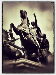 Boadicea - London, England - 2011 - #1 (CJPolitzki) Tags: london vintage flickr grunge iphone boadicea ipodtouch snapseed