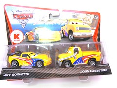DISNEY CARS 2 KMART CREW CHIEF 2 PACK JOHN  LASSETIRE (1) (jadafiend) Tags: scale kids toys model disney puzzle pixar remotecontrol collectors adults variation francesco launcher cars2 crewchief lightningmcqueen lewishamilton targetexclusive kmartexclusive collectandconnect raoulcaroule jeffgorvette johnlassetire carlomaserati piniontanaka carlavelosocrewchief mcqueenalive denisebeam meldorado pitcrewfillmore francescoscrewchief
