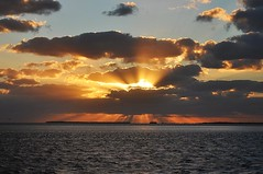 DSC_0056 (mikehc2005) Tags: ocean light sunset sun color water clouds keys waves ray florida sunburst rays