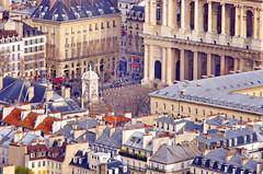 Depuis le sommet de la tour Montparnasse, Paris, la Place et l'glise Saint-Sulpice (paspog) Tags: paris france roofs toits tourmontparnasse decken toitsdeparis depuislesommetdelatourmontparnasse