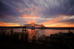 2 Minute Sunset (Bruce Bordelon) Tags: bridge sunset motion blur 120 river mississippi lens rouge prime nikon louisiana long exposure dusk casino filter belle 24mm nikkor f28 baton seconds horace density wilkinson neutral d700 6stop