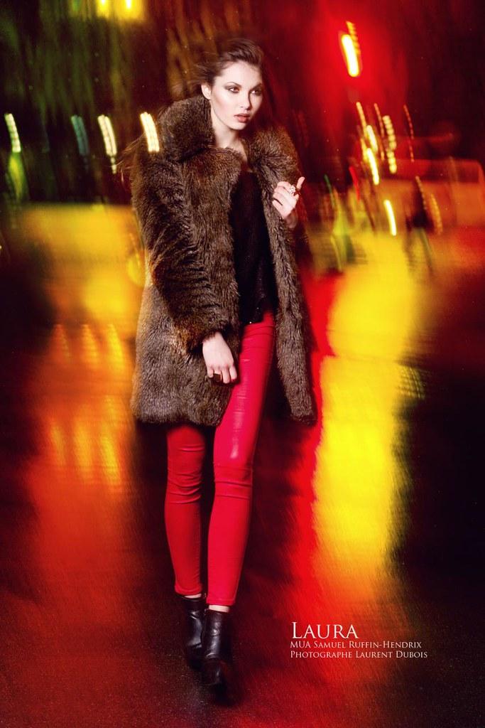 Laura @ Pont Alexandre III, Paris