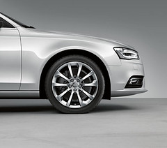 Audi A4 Accessories  Cast Aluminium Wheel In 10-Spoke Design (M25 Audi) Tags: official exterior interior accessories audi m25 genuine m25audi audia4accessories officialaudi audigenuine audigenuineaccessories