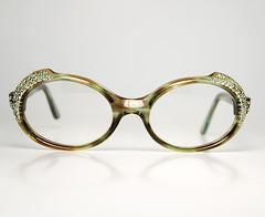 il_fullxfull.580274052_m8ox (noveltyvintage.com) Tags: france green eye cat vintage swan tortoise artdeco rhinestones gem 40s cateye diamondshape