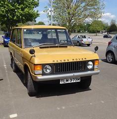 Range Rover TLM373M . Kempton Park  15/5/16 (busmothy) Tags: 1970s rangerover kemptonpark 2doors tlm373m