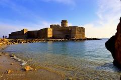 Le Castella Kr (Arcieri Saverio) Tags: blue italy mer castle landscapes nikon mare sigma medieval historic kr castello calabria cultura medioevo storia crotone lecastella sigma1020