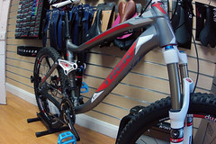 2012 Trek EX8 DEMO (Speeds Cycles, Bromsgrove) Tags: bike trek demo fox fuel 2012 shimano bontrager slx ex8 speedscycles