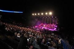 Roger Cicero & Big Band - Music Session von o2 (Telefónica in Deutschland) Tags: world november music concert audience hamburg o2 arena more session roger konzert cicero saal publikum voll 2011 konzertsaal o2more