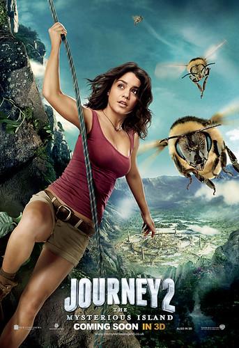 235279id2_Journey2_Vanesa_INTL_BusShelter.indd