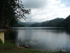P1160776_kundala_dam_near_munnar (Sandy & Alan) Tags: india kerala munnar kundaladam nov2011