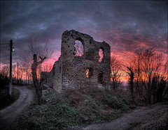 The Old Chapel (p h o t o . w o r l d s) Tags: old sunset red sky church sonnenuntergang beautifullight chapel hdr petersberg kloster stiftskirche hallesaale photomatix tonemapping altekapelle photoworlds joergweitzenberg capellavetus