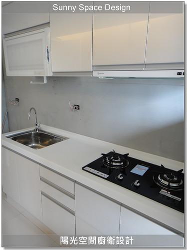 基隆福六街張小姐純白系廚具-陽光空間廚衛設計11