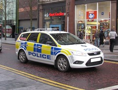 PSNI / Ford Focus Estate / Dog Unit (Nick 999) Tags: blue ireland roof dog ford car lights code focus estate police led vehicle leds service emergency northern thermal unit officers lightbar psni doghandlers