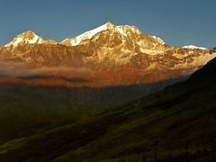 The touch of gold !! (Lopamudra !) Tags: sunset india mountain color colour trek landscape evening twilight sundown dusk peak valley himalaya highaltitude trishul garhwal lopamudra ronti nandaghunti saptkund saptakund gochhal gochal