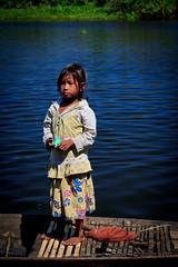 IMG_6948 (Rebecca Danby) Tags: people children boats cambodia tonlesap
