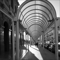 Estacin de Sabadell Centro (m@tr) Tags: barcelona bw espaa blancoynegro monocromo olympus sabadell epl1 mtr marcovianna zuikoed1442mmf3556 estacindesabadellcentro